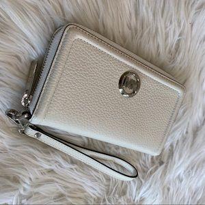 NWT Michael Kors Large flat phone Fulton wallet